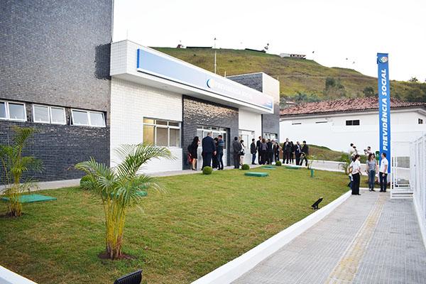 You are currently viewing Vereadores participam da inauguração da Agência do INSS, em Guararema
