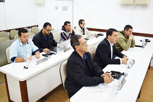 Novo Delegado da Polícia Civil de Guararema recebe Ofício de Congratulações e Aplausos