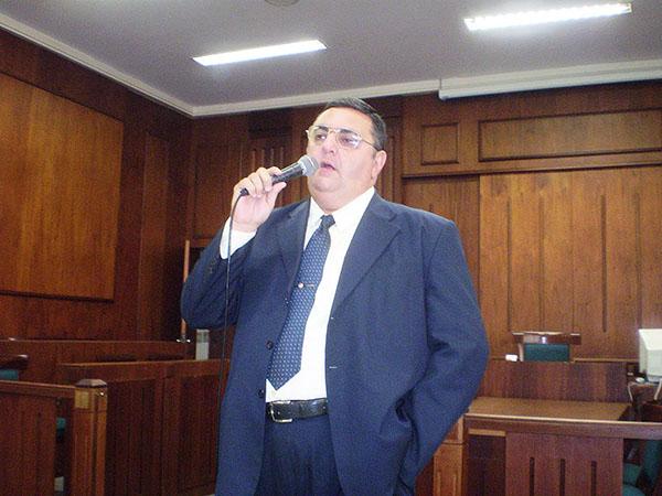 Câmara aprova o envio de Ofício de Congratulações e Aplausos ao Dr. Marcos de Almeida Tourinho